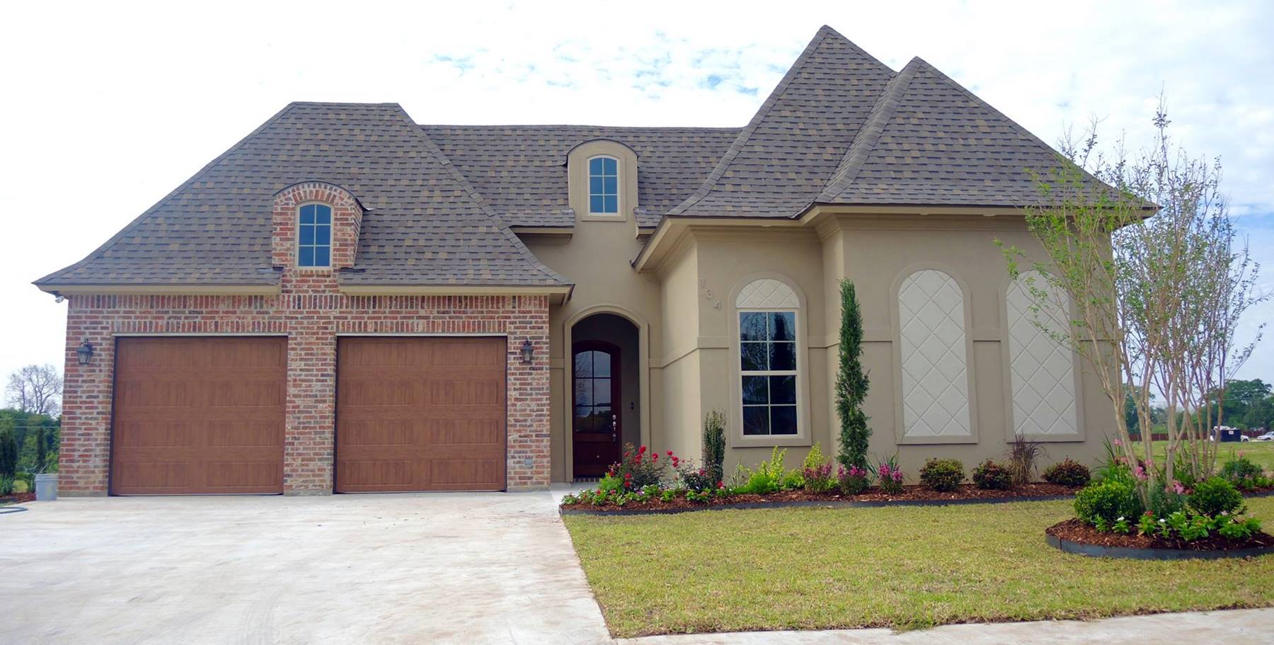 Ste marie home builders lafayette youngsville broussard for Www homebuilders com